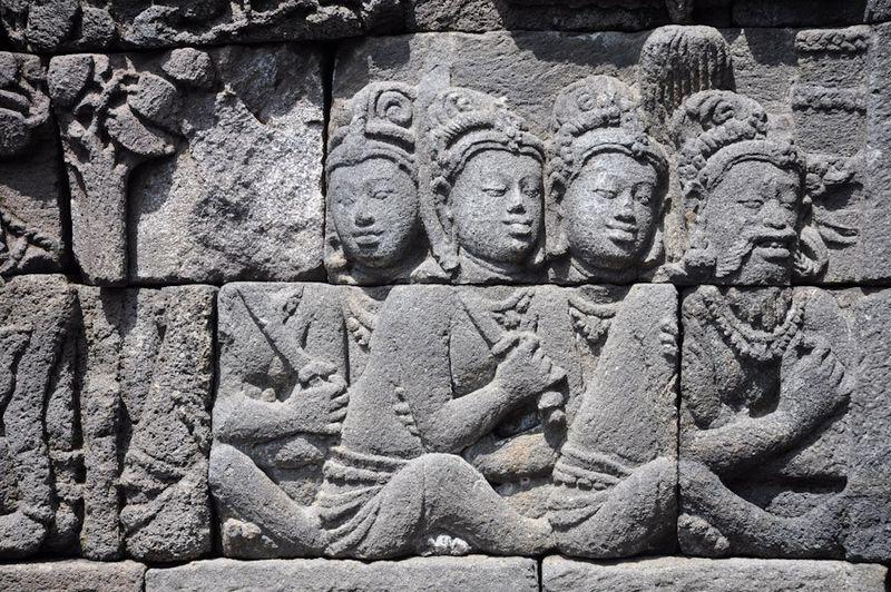 Borobudur71