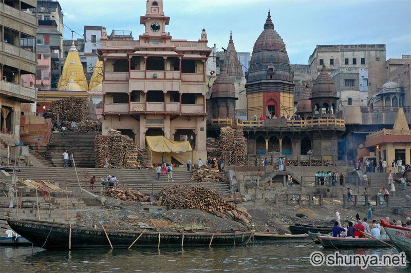 VaranasiGhats10
