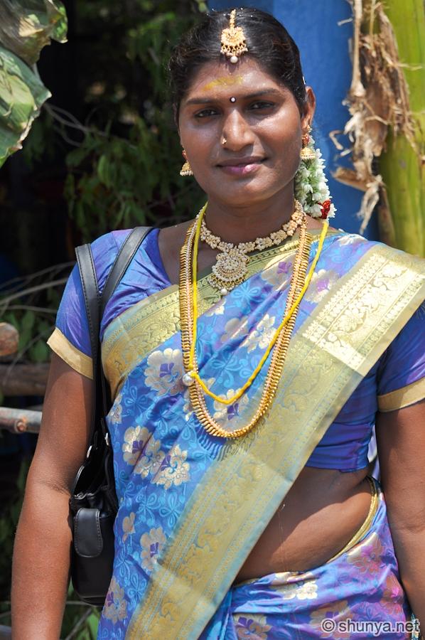 Beyond Man and Woman: The Life of a Hijra - Shunya's Notes